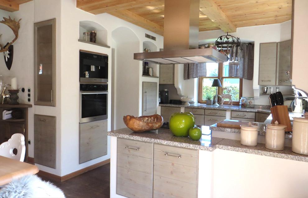 Rustikale Landhausküchen